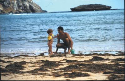 Pedro com 1 ano e meio em Fernando de Noronha