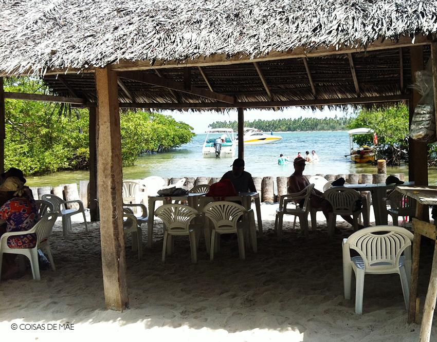 Bar do Mangue na Praia dos Carneiros