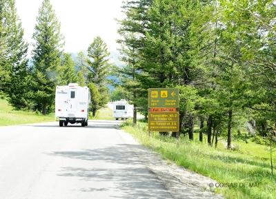 A estrada no Canadá é tão segura e bem sinalizada, que mesmo sem experiência, dirigi um caminhão.